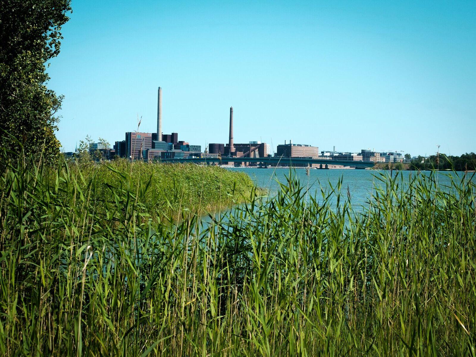 Mustasaaren maisemat yllättävät: luonnonrauhaa voi olla näinkin lähellä Helsingin keskustaa.